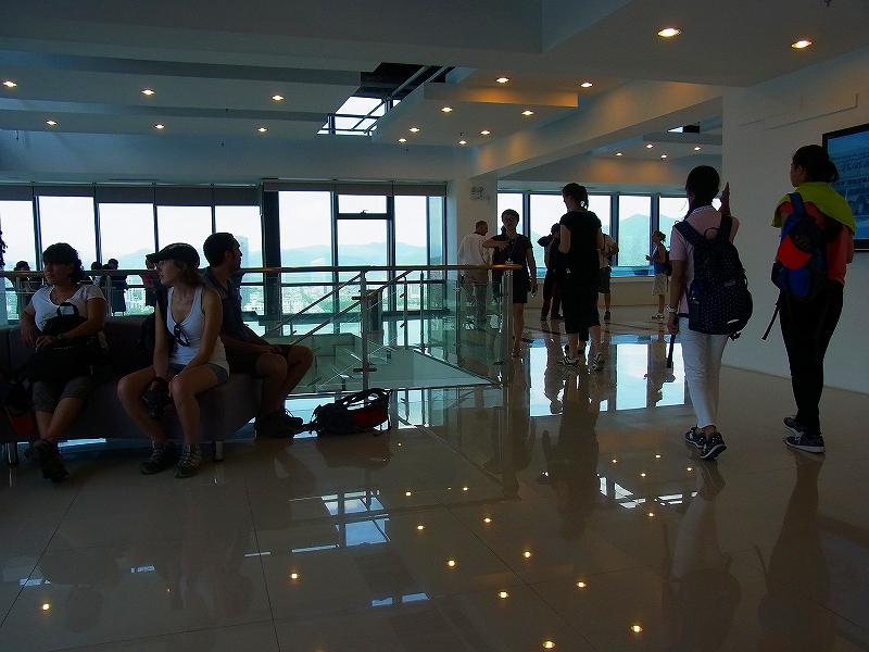 地上26階のビルからの眺望