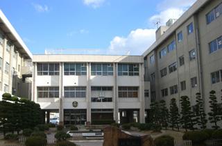 岡山市立芳泉小学校