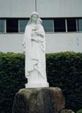 「聖母マリア」野外彫刻イメージ