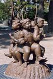 「おしくらまんじゅう」野外彫刻イメージ