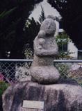 「花を持つ童女」野外彫刻イメージ