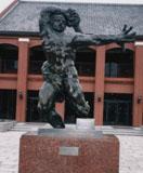 「モントーバンの戦士」野外彫刻イメージ