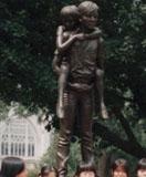 「Two Brothers Statue」野外彫刻イメージ