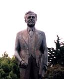 「Joseph.B.Strauss」野外彫刻イメージ