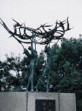 「希望風と鳥と少年たち」野外彫刻イメージ