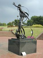 千葉県立中央博物館付近の野外彫刻